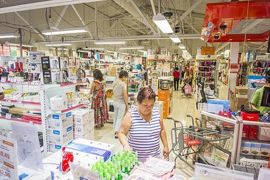 نسخه چینی Wal-mart در تورنتو