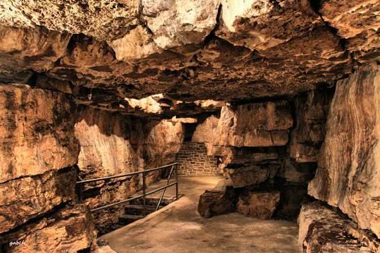 غارهای Tyendinaga در انتاریو