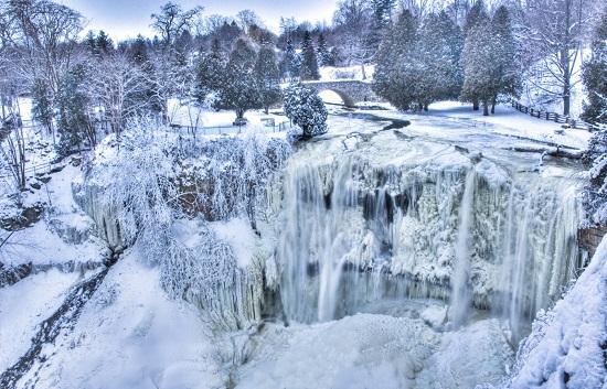 با Spencer Gorge آشنا شوید، جاذبه گردشگری زمستانی تورنتو