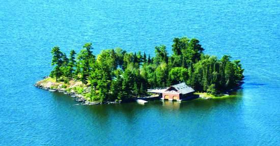 برای خرید خانه پول ندارید؟ جزیره بخرید !