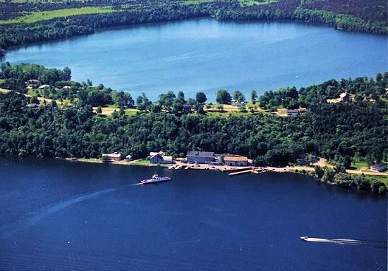 این دریاچه انتاریو قوانین فیزیک را به چالش کشیده است