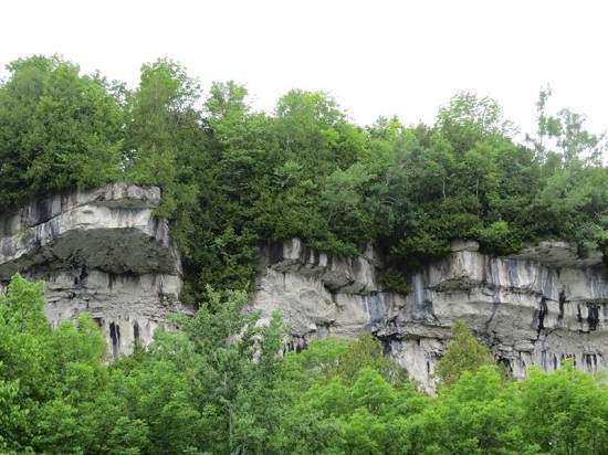 منطقه حفاظت شده Spirit Rock دو ساعت و نیم تا تورنتو