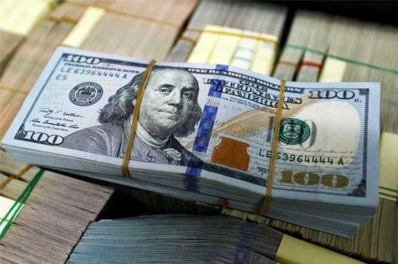 بازار ارز در سوم ژانویه، دلار اندکی جان گرفت
