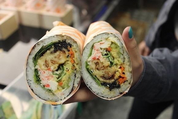غذای جدید در تورنتو - سوشی بوریتو