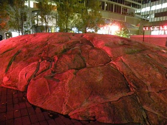 سنگ یورک ویل،سنگی بزرگ در قلب تورنتو